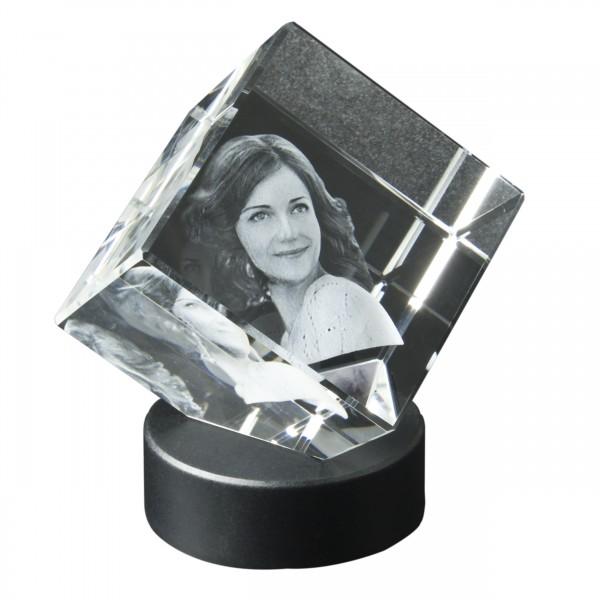 Glaswürfel 3D auf Ecke mit Leuchtsockel 60x60x60 mm 1-2 Köpfe