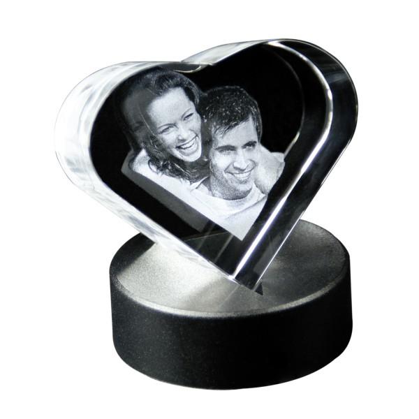 Glasherz 3D auf Spitze mit Leuchtsockel 70x75x65 mm 1-2 Personen